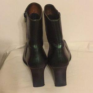 deja vu designs Shoes - Color Shifting Heeled Square Toe Boots